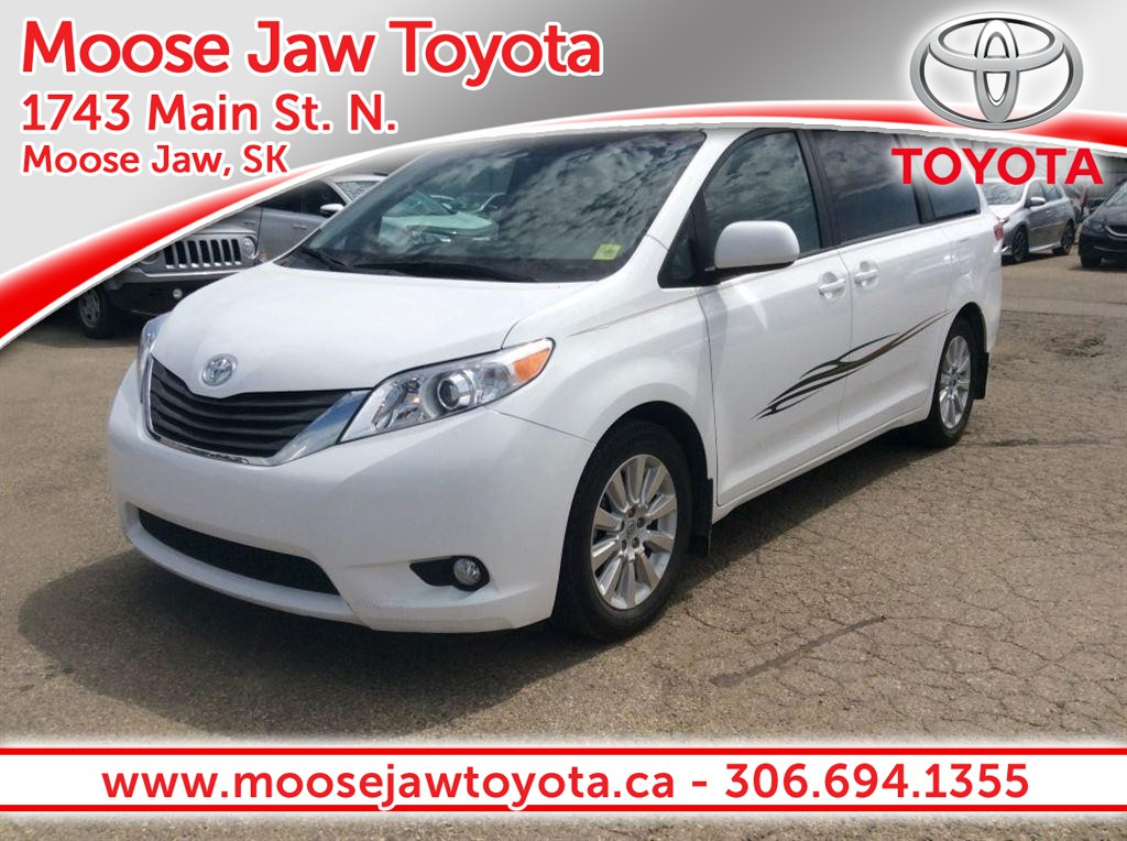 '14 Toyota Sienna XLE – A Safe, Comfortable Family Vehicle