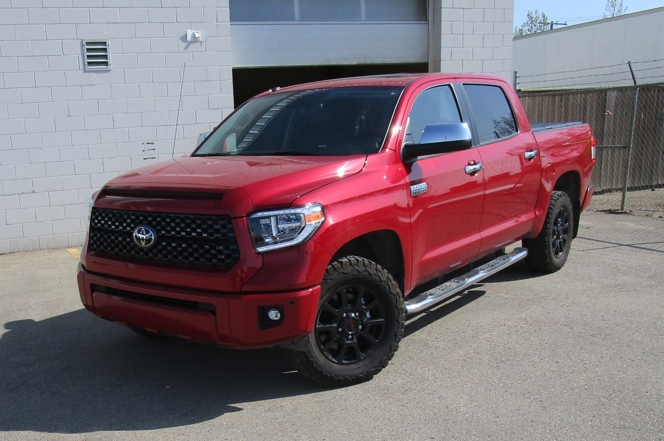 Tundra Platinum – Combining Luxury & Serious Off-Road Capability